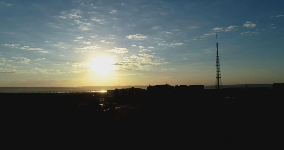 Amanhecer em Brasília, nesta quarta-feira (21) — Foto: TV Globo/Reprodução