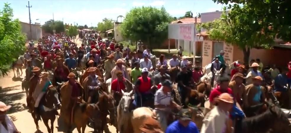 Dia do Vaqueiro: Procissão em Campo Maior — Foto: Reprodução/TV Clube