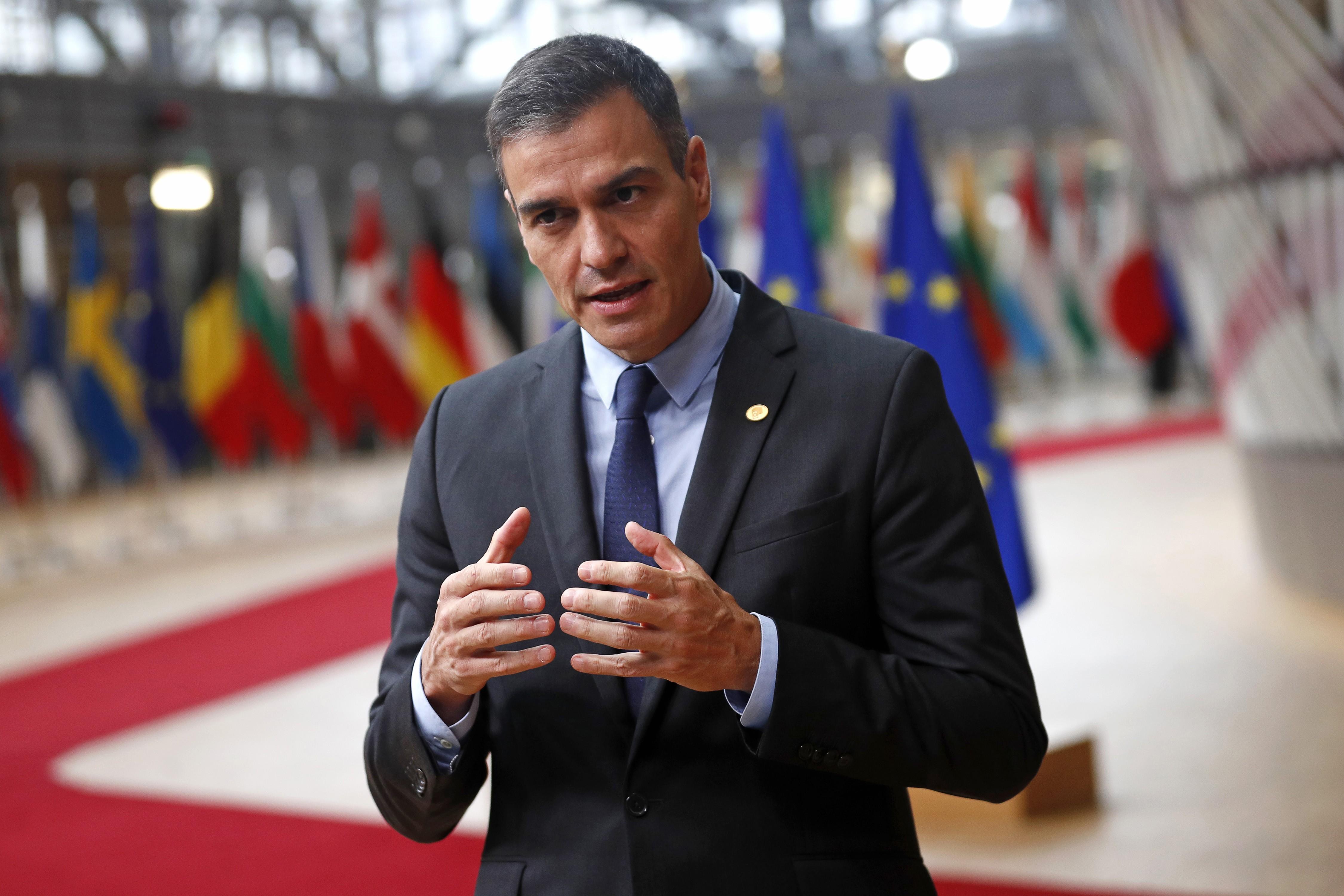 Espanha libera entrada de vacinados contra Covid a partir de 7 de junho thumbnail