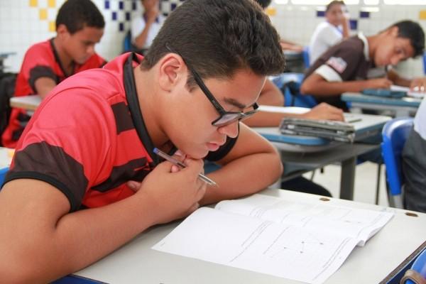 Rede pública de ensino de Alagoas abre prazo para renovação de matrículas - Notícias - Plantão Diário