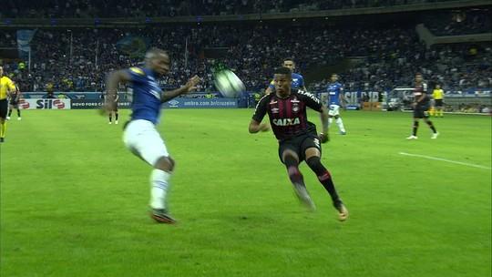 Tiago Nunes elogia consistência do Atlético-PR em estreia no time principal