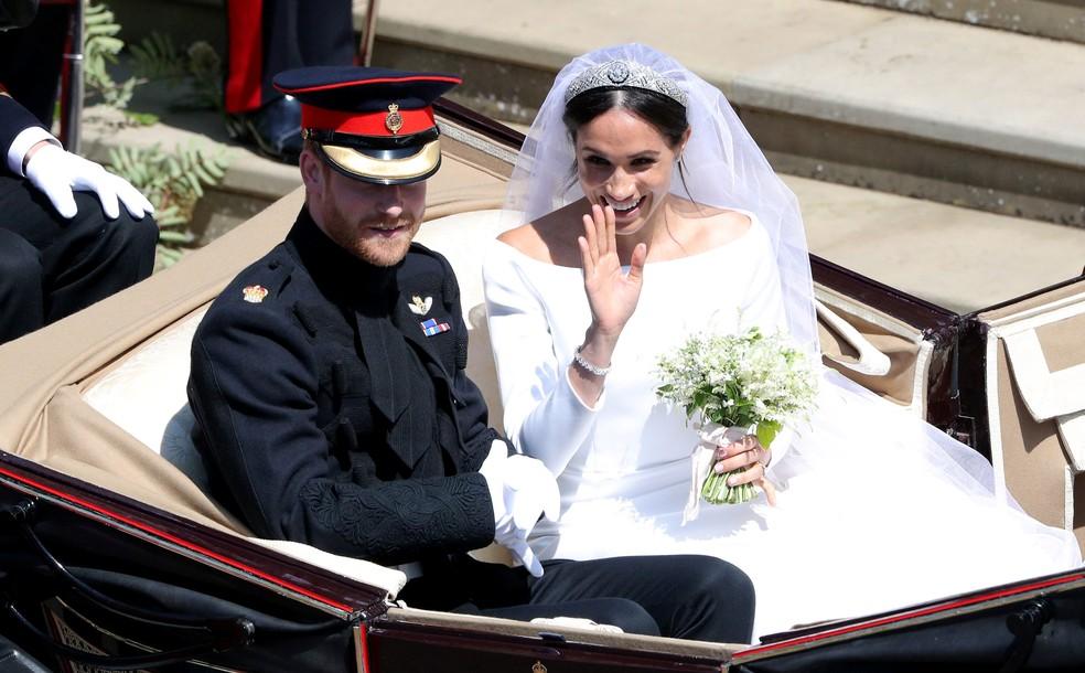 Príncipe Harry e Meghan Markle deixam a Capela de São Jorge depois do casamento (Foto: Andrew Matthews/Pool via Reuters)