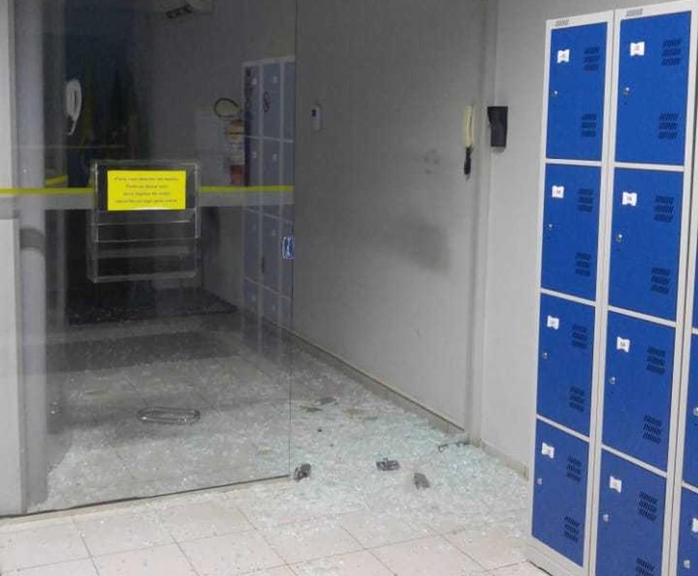 Suspeitos fugiram após arrombamento de banco em Vila Maria — Foto: Polícia Civil/Divulgação
