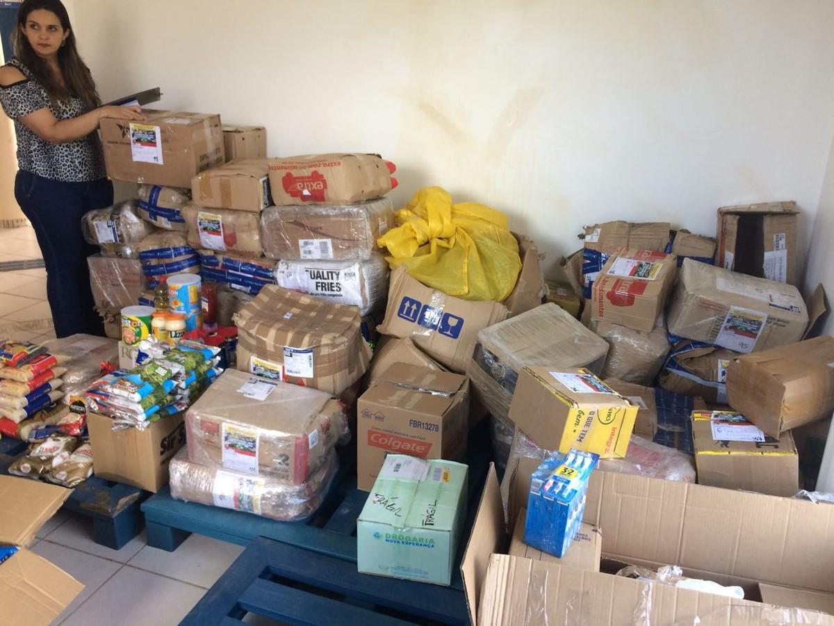 Rio de Janeiro envia duas toneladas de donativos para venezuelanos em RR