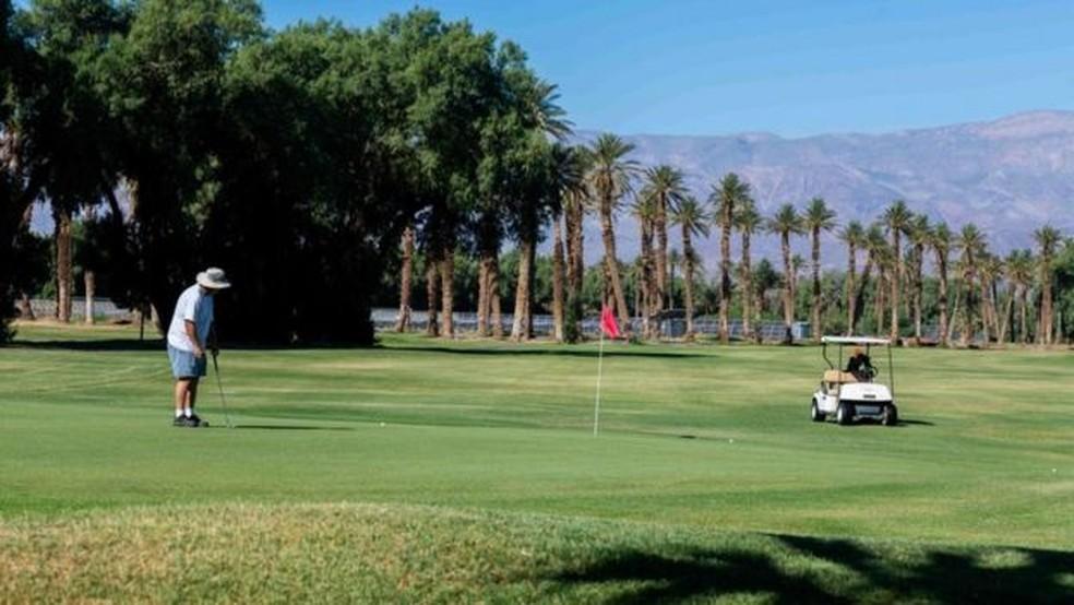 A cidade de Furnace Creek tem o campo de golfe mais baixo do mundo — Foto: Getty Images