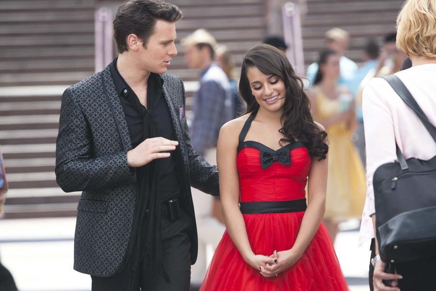Lea Michele e Jonathan Groff em cena de Glee (Foto: Divulgação)