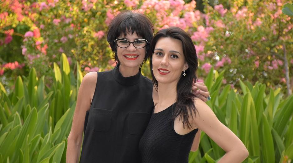 Elza e Julia Barroso, da Face It: mais de 25 mil batons vendidos (Foto: Divulgação)