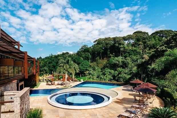 A piscina externa (Foto: divulgação)