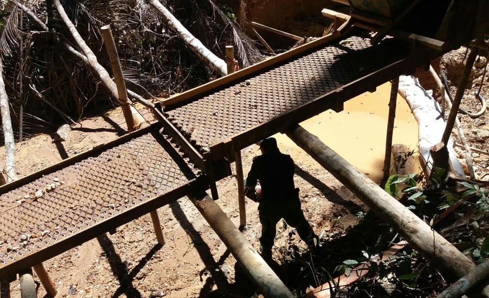 Garimpo foi descoberto pela PMA em reserva indígena de Ji-Paraná — Foto: PMA/Divulgação