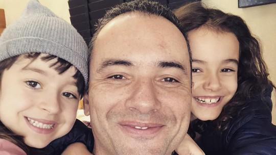 Marco Luque conta que filhas já perguntaram se eram famosas: 'Falei que não'