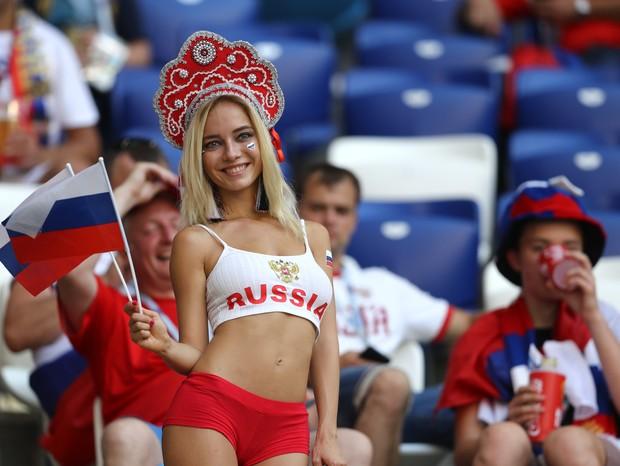 Mulheres russas estão sendo subjugadas e ofendidas por se relacionarem com estrangeiros (Foto: Getty Images)