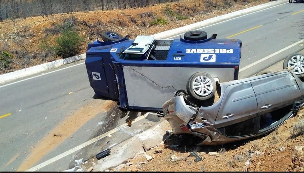 Tentativa a assalto a carro-forte em Serrita (Foto: Luiz Carlos Ferreira Macaé/ Arquivo pessoal)