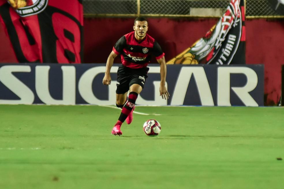 Thalisson Kelven está pronto para voltar ao Vitória — Foto: Pietro Carpi / EC Vitória / Divulgação