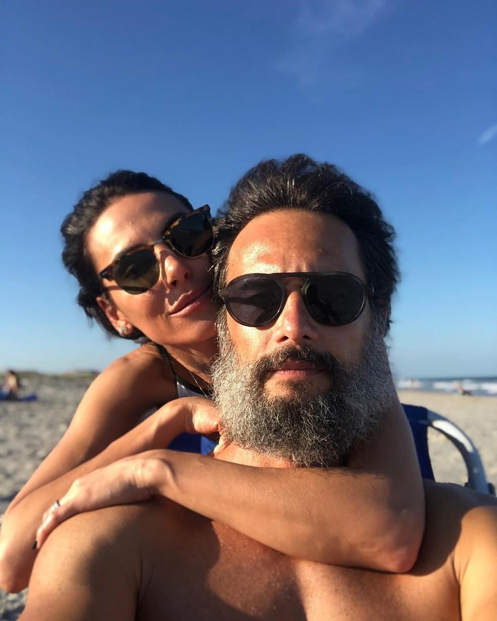 Mel Fronckowiak e Santoro estão juntos desde 2012, e são pais de Nina, de 2 anos — Foto: Reprodução/Instagram