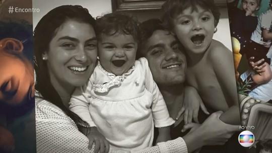 Felipe Simas fala sobre o desafio de criar os filhos: 'O pai não sabe de tudo'