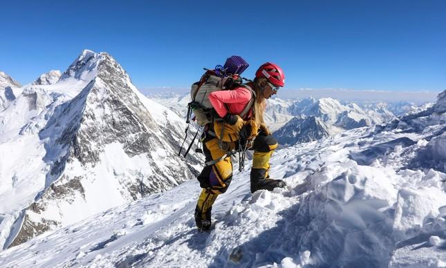 Karina Oliani se tornou a primeira sul-americana a escalar o K2