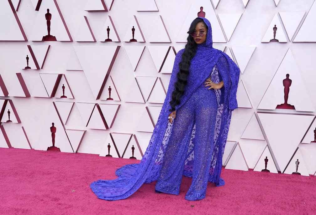 H.E.R no Oscar 2021 — Foto: AP Photo/Chris Pizzello