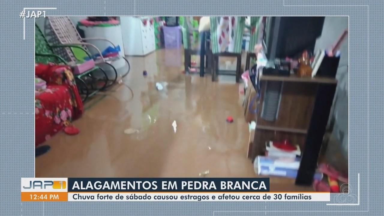 Chuva forte em Pedra Branca do Amapari causa estragos e afeta 30 famílias