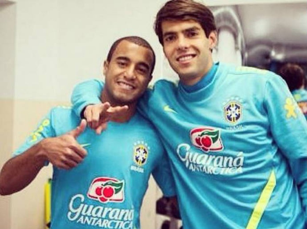 Em rede social, Lucas Moura pede para Kaká voltar ao São Paulo  (Foto: Reprodução)