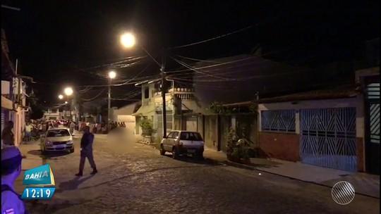 Confronto entre policiais e suspeitos tem 2 mortos e leva pânico a moradores em Ilhéus: 'Situação desesperadora'