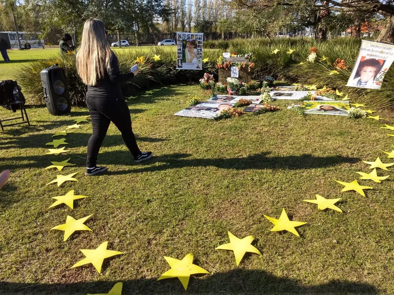 Acidente da TAM completa 12 anos, e famílias homenageiam vítimas em Porto Alegre - Notícias - Plantão Diário