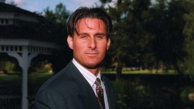 O empresário Ronald Goldman, que teria sido assassinado por O.J. Simpson em 1994 (Foto: Divulgação)