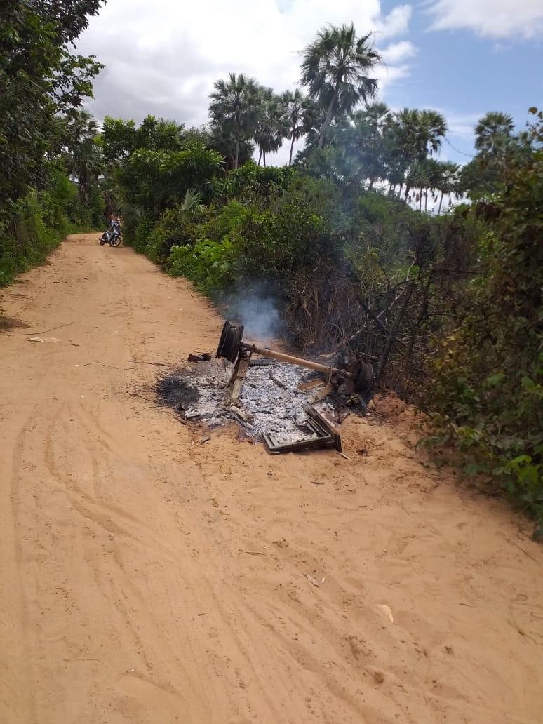Homem é morto a pedradas e pauladas e tem carroça incendiada no litoral do Piauí
