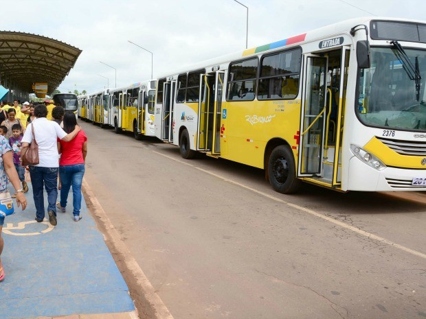 Por prevenção, empresas de transporte público reforçam estoque de combustível devido a protesto em Rio Branco