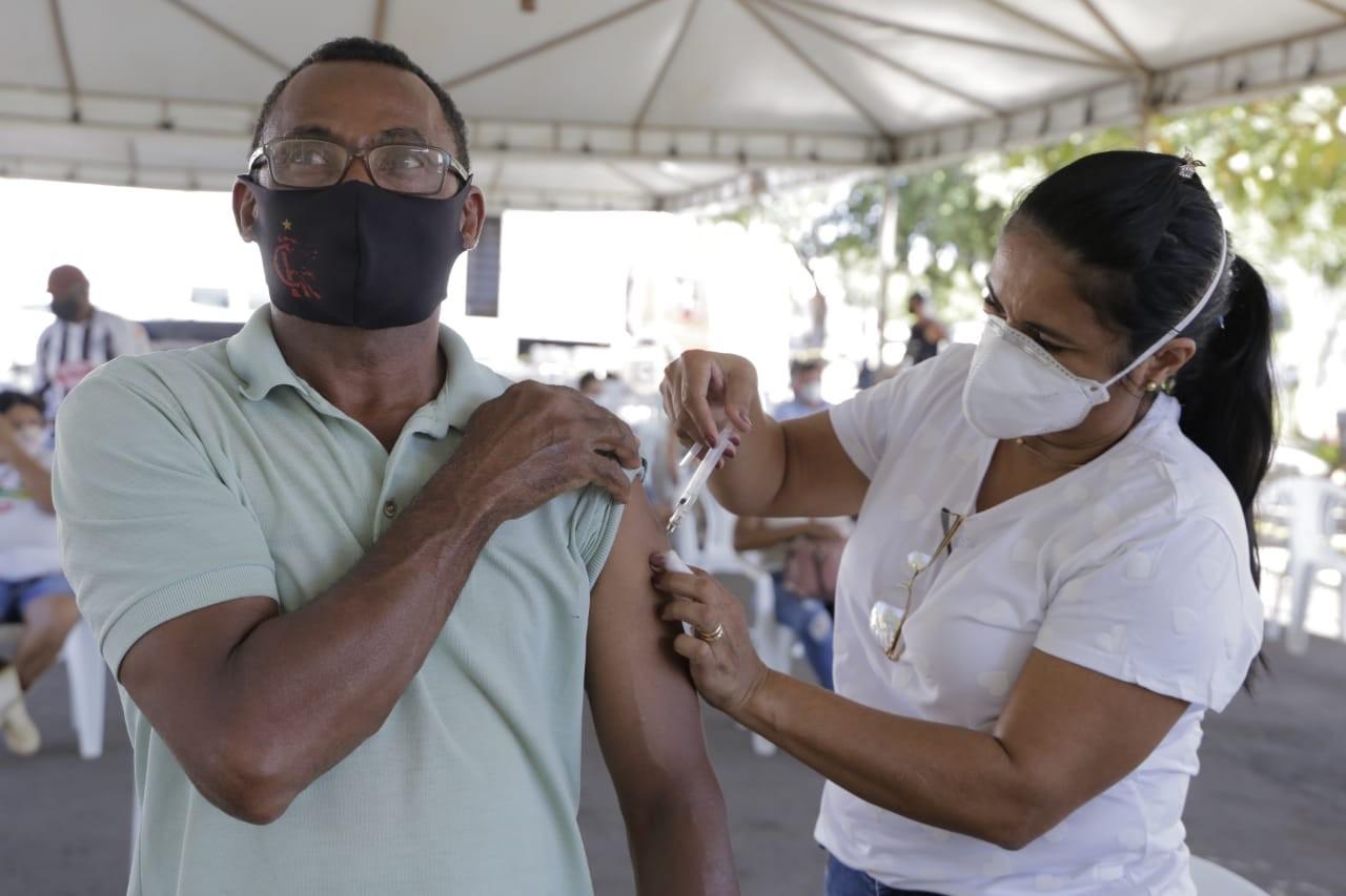 Por falta de doses, Gurupi suspende vacinação contra a Covid-19 para pessoas sem comorbidades