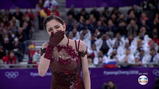 Medvedeva tira ótima nota, mas não supera Zagitova e fica com a prata