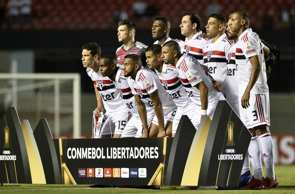 São Paulo recebeu o Talleres no Morumbi pela segunda fase da Copa Libertadores — Foto: Marcos Ribolli