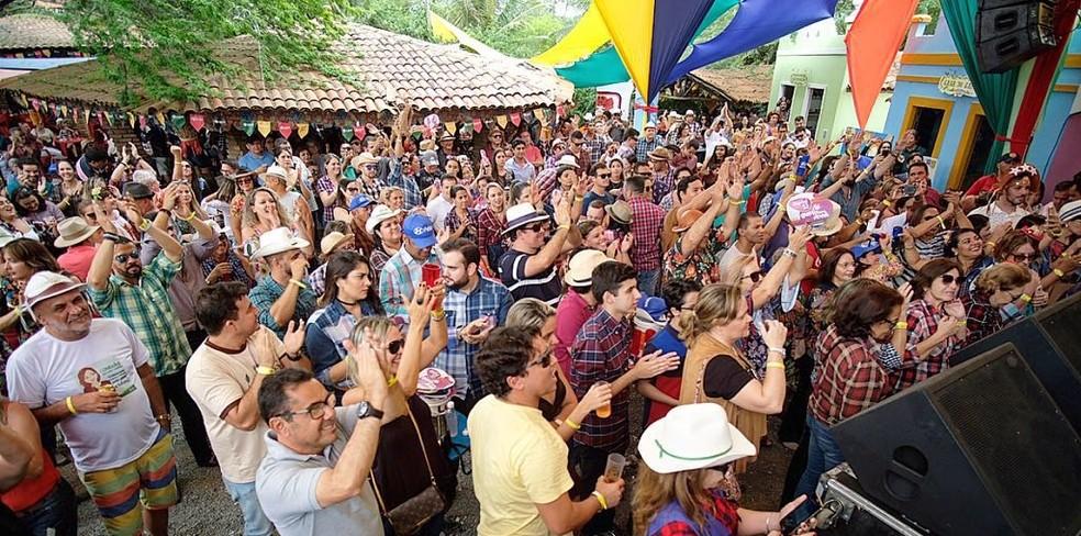 Público no terceiro dia do Arraiá de Cumpade 2018, no distrito de Galante, em Campina Grande — Foto: Rondinelle de Paula/Arraiá de Cumpade