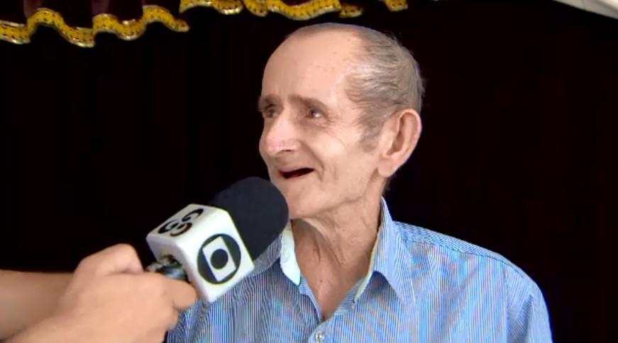 'Fazia tempo que não ria tanto', diz idoso ao visitar circo em Macapá depois de 10 anos - Notícias - Plantão Diário