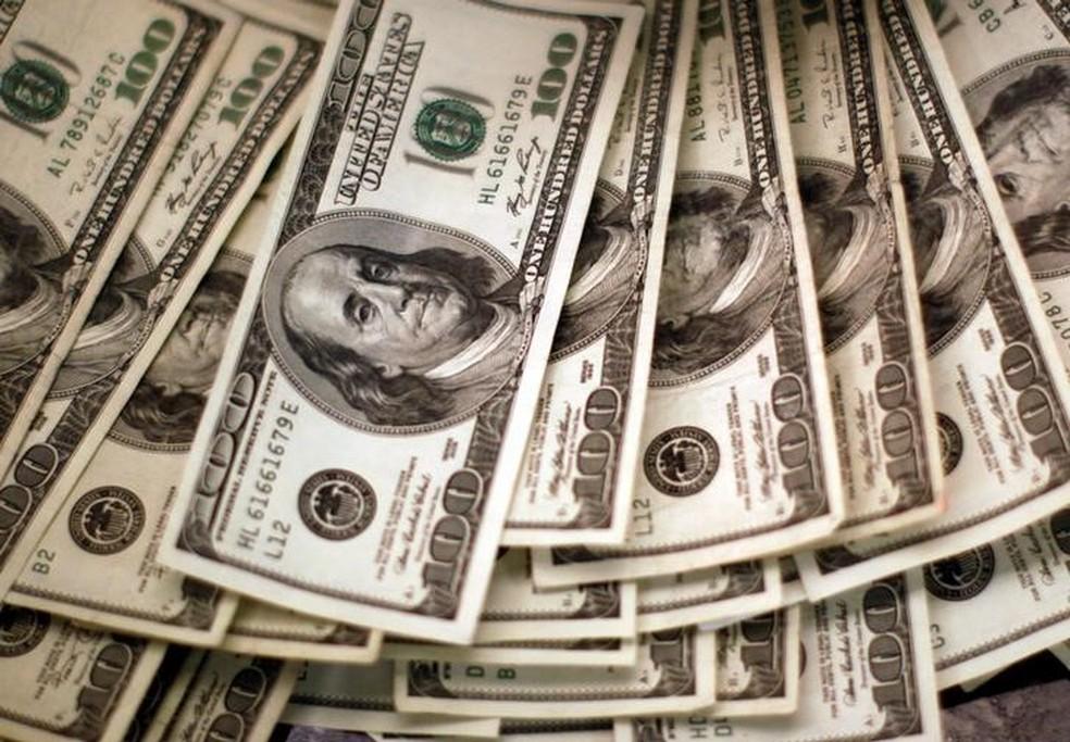 Foto de arquivo mostra notas de dólar em Westminster, Colorado — Foto: Reuters/Rick Wilking