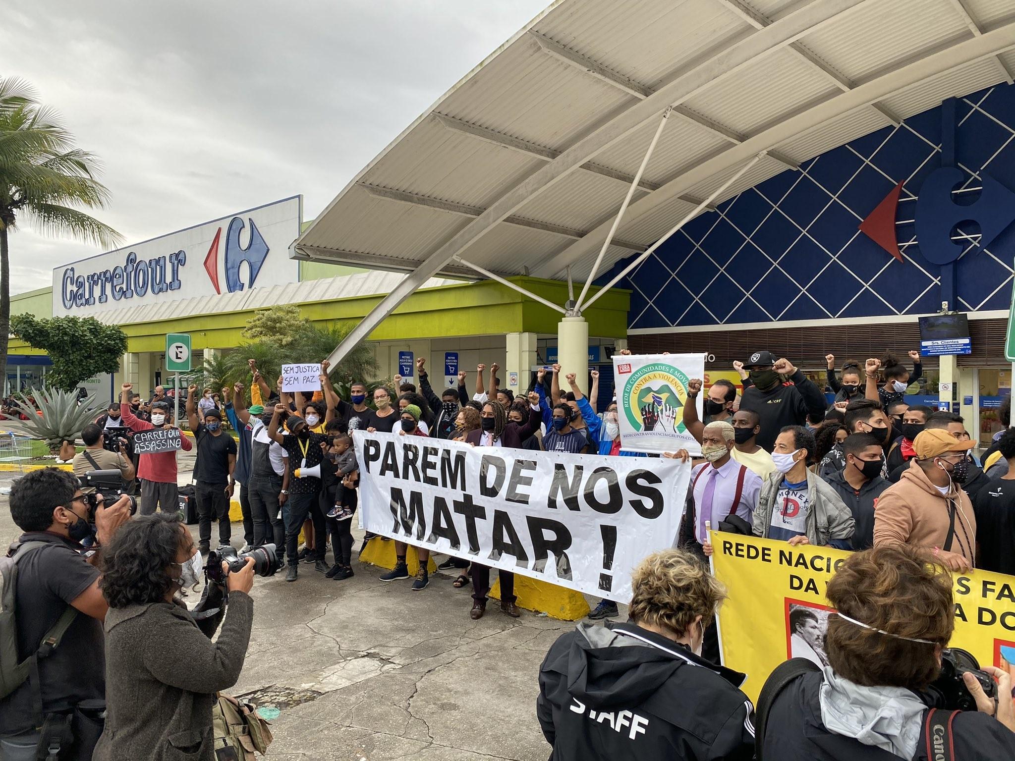 Protesto no Rio cobra justiça pela morte de João Beto no RS - Spiai.com :: Seu portal de noticias agora ::