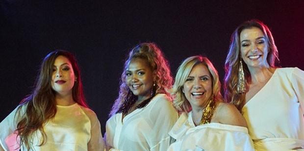 Saia Justa: Pitty, Gaby Amarantos, Astrid Fontenelle e Mônica Martelli (Foto: Juliana Coutinho/Divulgação)