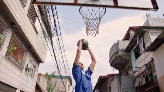 """Com quadra icônica """"salva"""" por doação de LeBron James, Filipinas respira basquete"""