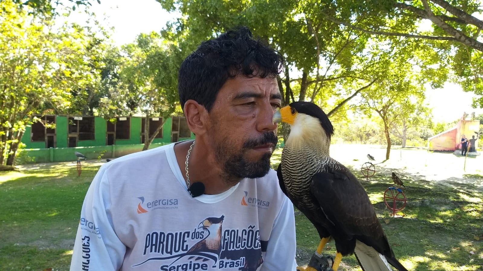 Parque dos Falcões abriga mais de 400 aves em Itabaiana