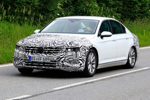 Volkswagen Passat passará pela sua primeira reestilização (Foto: AutoMedia/Autoesporte)