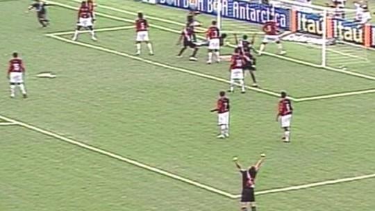 Recordar é viver: gol salvador de Henrique contra o Furacão em 2004