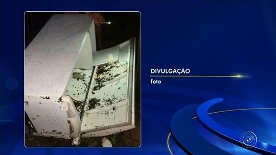 Velório de jovem achada morta dentro de geladeira é interrompido para segunda perícia