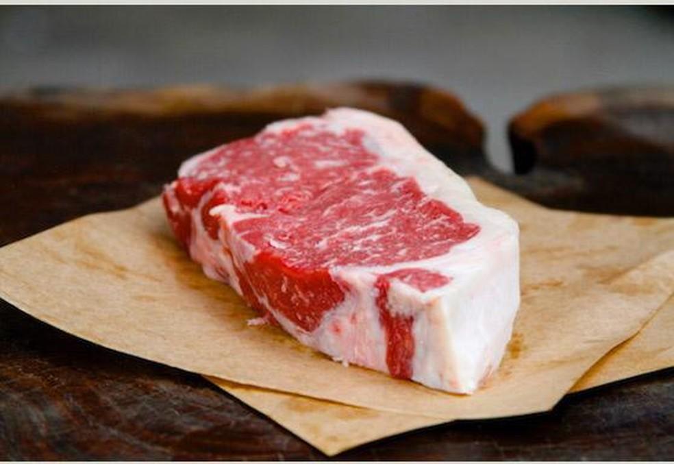 Qualidade da carne é produzida no padrão da Cota Hilton, que é o controle da qualidade da carne exportada para Europa. — Foto: Thiago Corazza/Arquivo pessoal