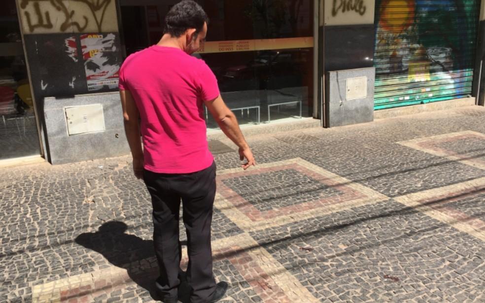 Garçom, que ajudou a deter suspeito, também já foi vítima de violência no Centro (Foto: Paula Resende/ G1)