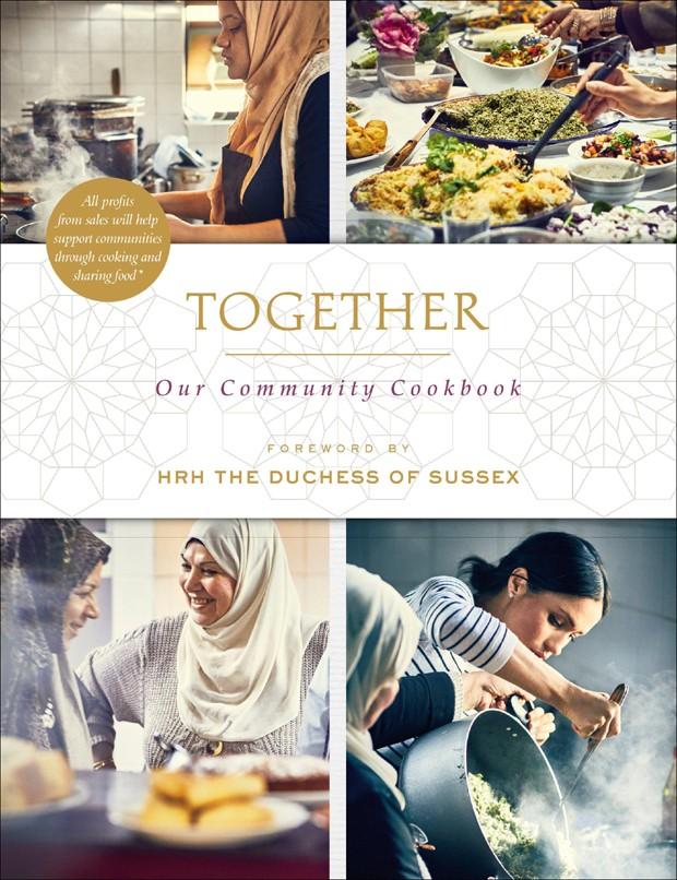 Livro Together: Our Community Kitchen Cookbook (Foto: Instagram/Reprodução)