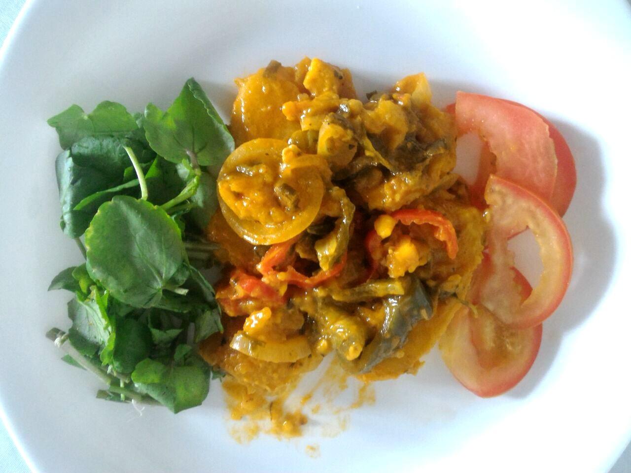 Mulher adota estilo de vida saudável, abre restaurante e inova com receita de moqueca de banana no Acre