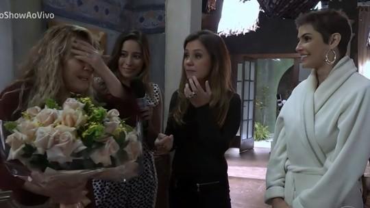 Adriana Esteves se emociona com homenagem a Renata Sorrah: 'Ela é muito importante pra gente'