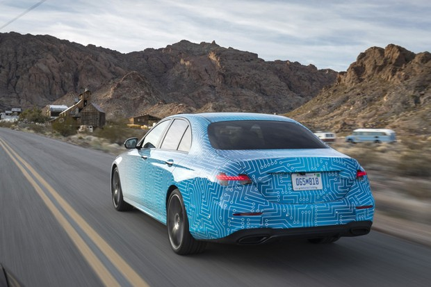 Mercedes-Benz E-Klasse Mitfahrt, Las Vegas 2020 Mercedes-Benz E-Class Testride, Las Vegas 2020  (Foto: Daimler AG)