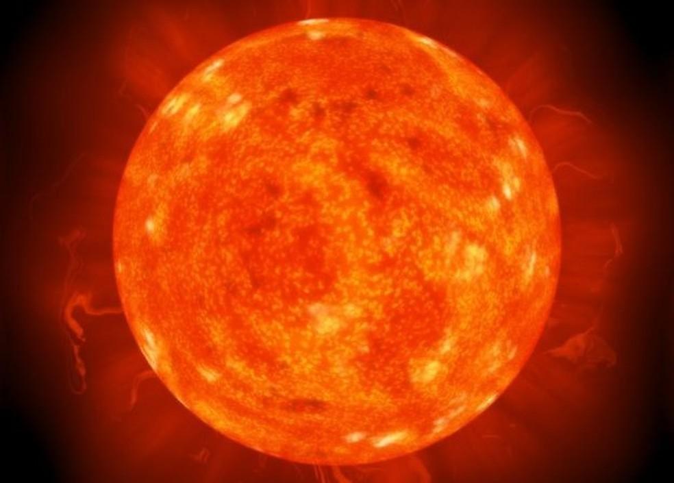 Há décadas, os cientistas tentam replicar a reação química que acontece no Sol — Foto: Getty Images/BBC