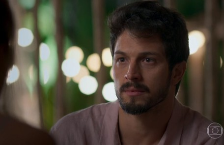 No sábado (21), Marcos (Romulo Estrela) descobrirá que Alberto está sendo chantageado por Nana e Diogo TV Globo