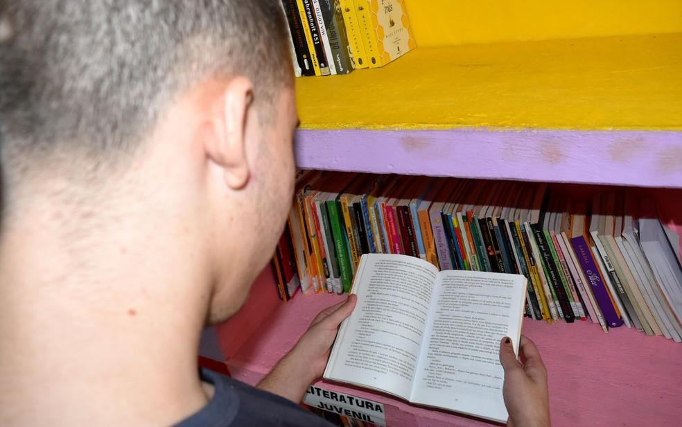 Interno da Fundação Casa Andorinhas, em Campinas, estuda para Enem 2019 — Foto: Patrícia Teixeira/G1